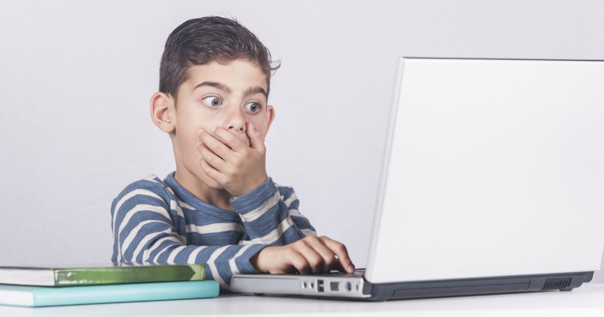 Talking-to-kids-about-Internet-Safety-facebook-google-india.jpg