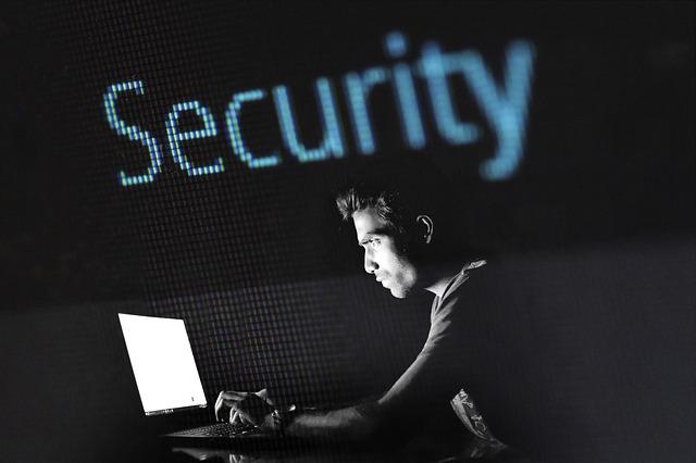 hacking-2964100_640